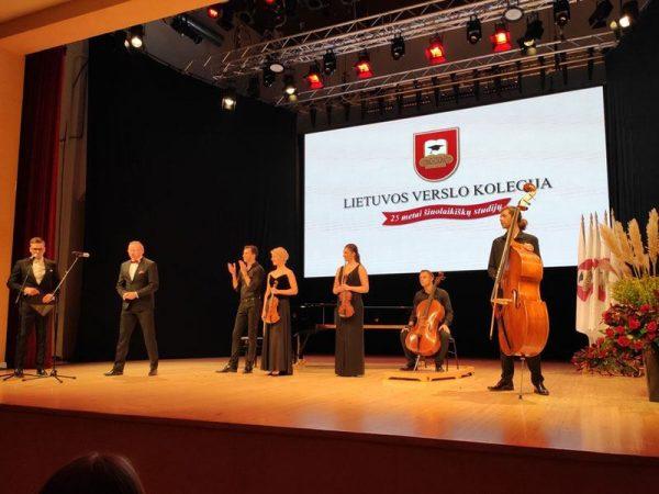 delegacja uczelni litwa 1